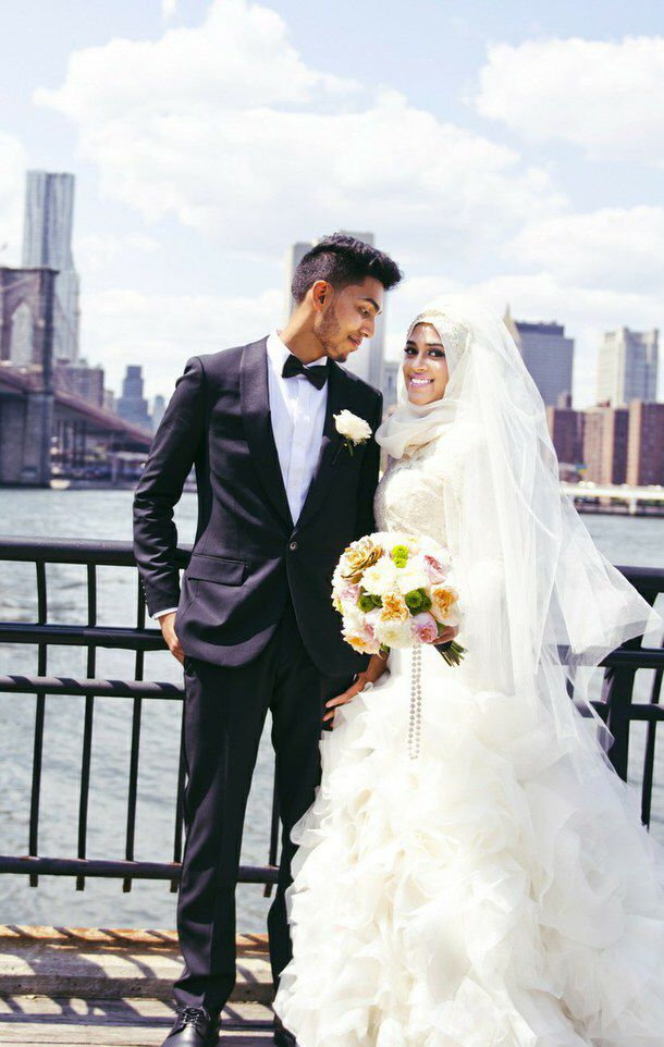 la rose muslim dating site Altscene is a 100% free alternative dating and profile site meet and chat to single alternative people totally free.