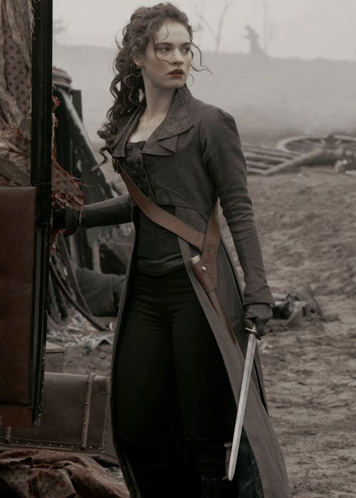 Lily James as Elizabeth Bennet in Pride and Prejudice and Zombies.//I need this outfit in my life.