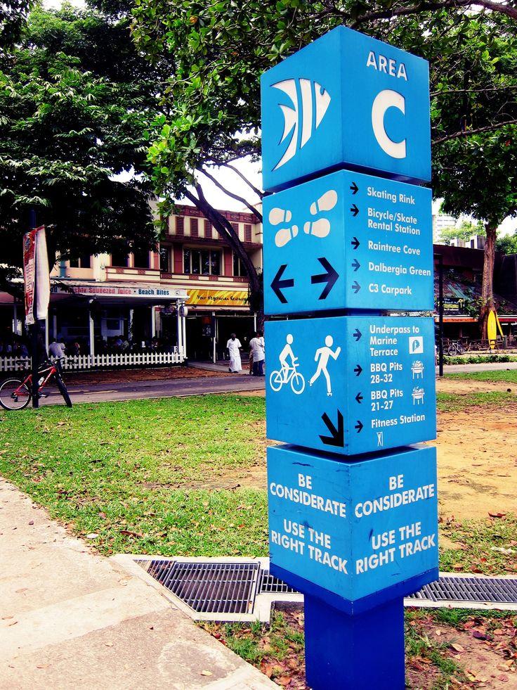 Google Image Result for http://media.smashingmagazine.com/wp-content/uploads/uploader/images/signs/blue-park-sign/full_blue-park-sign.jpg