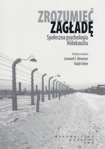 [14]Zrozumieć zagładę. Społeczna psychologia Holokaustu to książka, która zmusza, by na nowo zastanowić się nad źródłem zła. Autorzy, odnosząc się do historii Holokaustu, wyjaśniają procesy psychologiczne kształtujące osobowość sprawców, biernych świadków oraz heroicznych altruistów ratujących ofiary. Próbują wniknąć w najbardziej mroczne zakątki ludzkiej psychiki, by zrozumieć przyczyny zbrodni Holokaustu i innych aktów ludobójstwa.