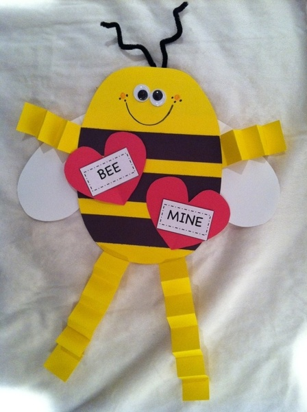 Valentine - Bee mine, perfect to do with my daughters preschool class.  I think I would add little hearts for his hands and feet too!