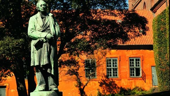Statue of Hans Christian Andersen  in Odense, the city where he was born in 1805 #odense #hanschristianandersen