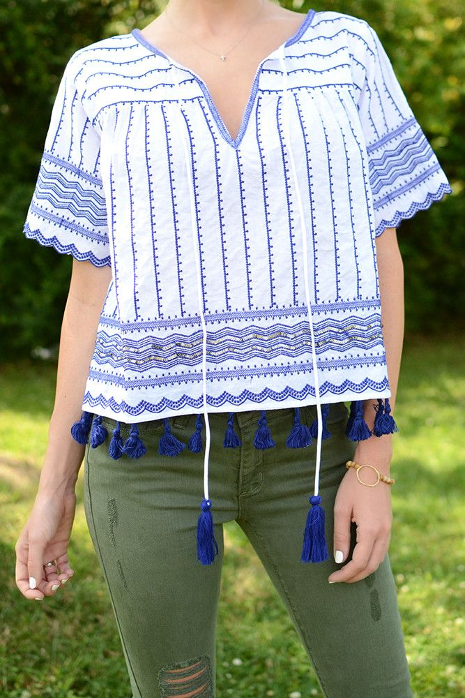 O B S E S S E D with this royal blue and white short sleeve, structured top by Ark & Co. Ladies, how could you possibly pass up a top that is both girly and boho? We think the stitch work adorning the