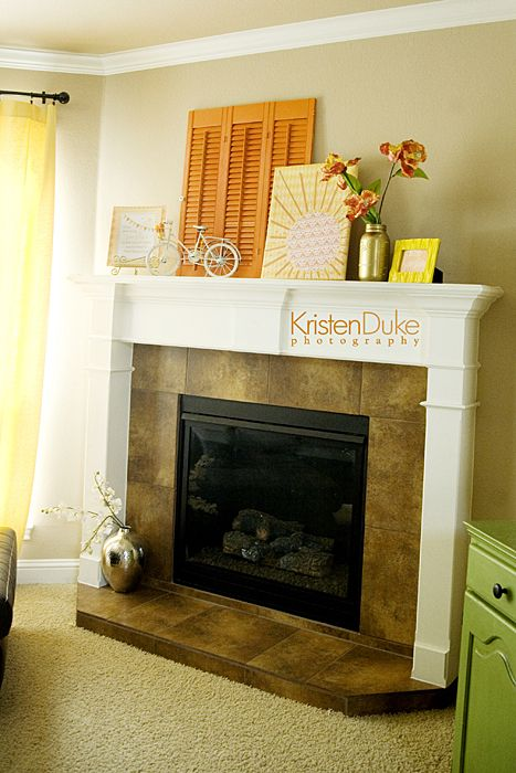 Summer mantel inspiration with a yellow and orange color palette!