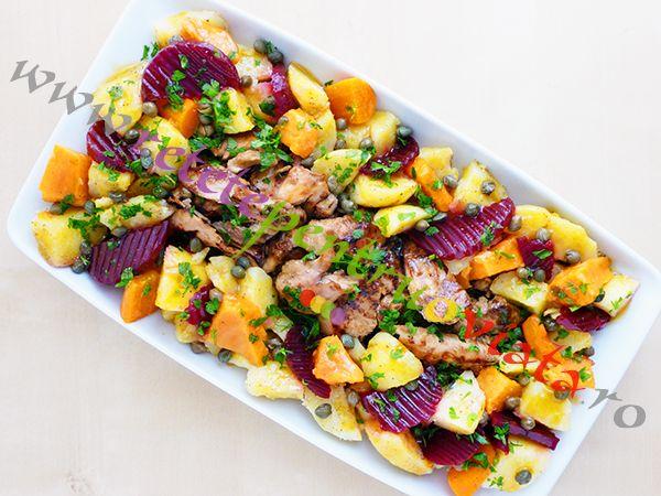 Aceasta reteta de piept de pui cu garnitura de cartofi si bacon va deveni cu siguranta una dintre retelele preferate ale intregii familii!