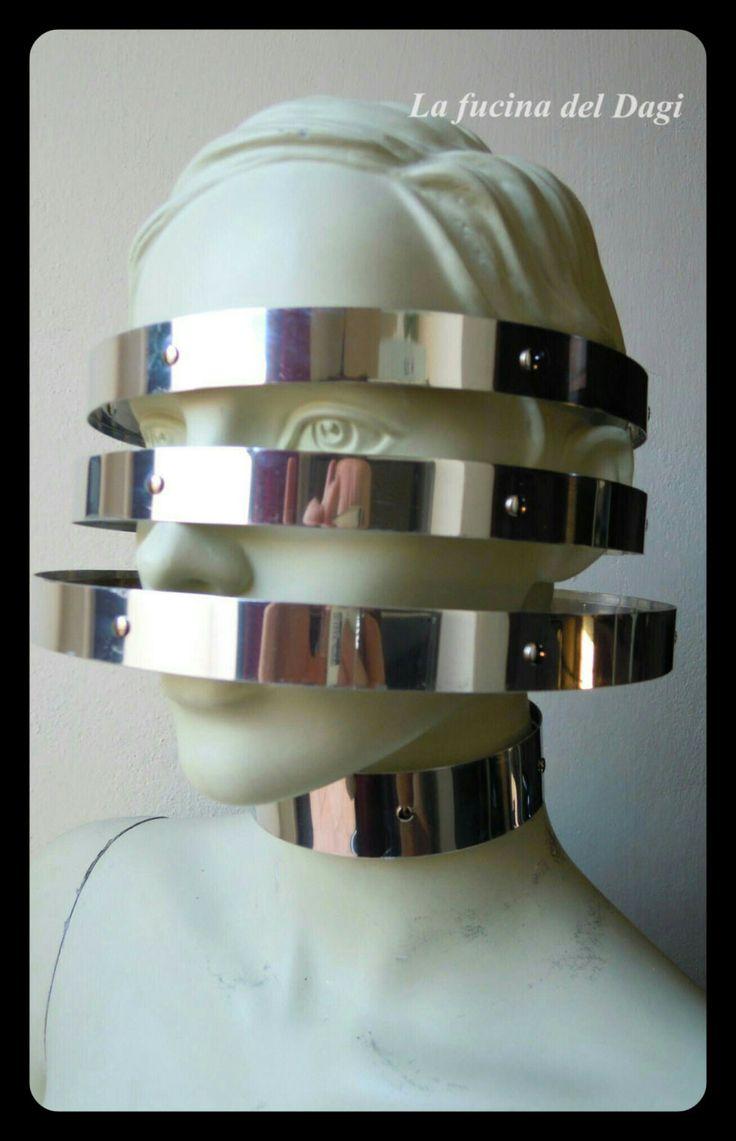 Maschera Asimov (Space Age, Fantascienza, futurism, futuristic, sci-fi, metal, mask, metalwork, circle, cosplay, avantgarde, avanguardia) ) di LaFucinaDelDagi su Etsy