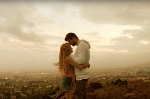 Клип Shakira - Me Enamore