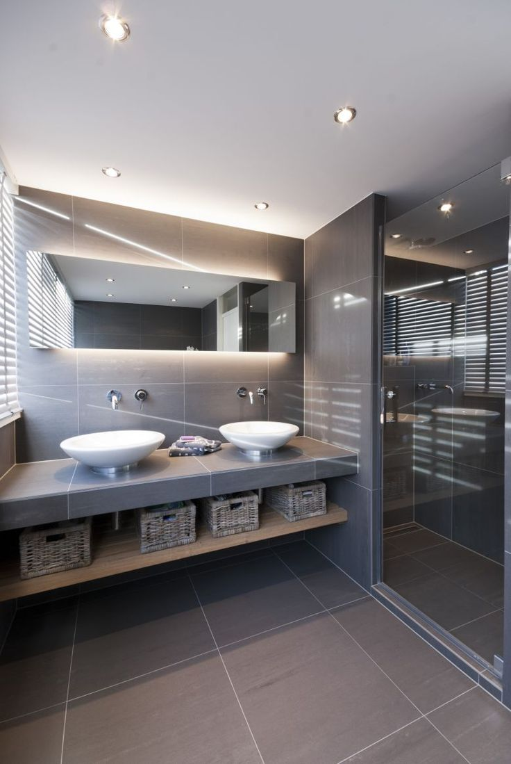 Lovely Grey Bathroom..!