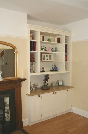 Bespoke Alcove Cabinet with Fitted Dresser-style Bookshelves Unit