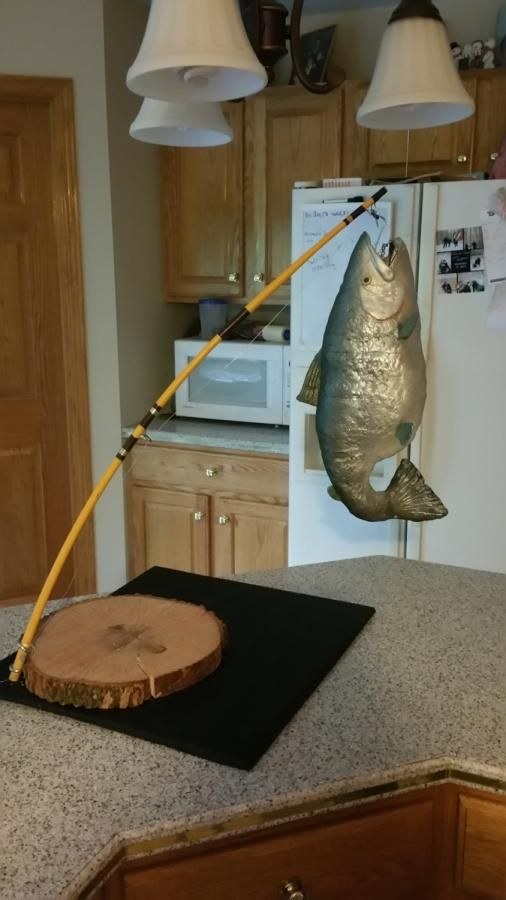 hanging fish - Cake by lorillc