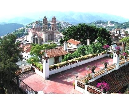 The roof terrace at the house where Glenna and Gary and I stayed in Taxco in March, 2012.