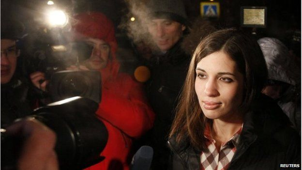 Nadezhda Tolokonnikova speaks to the media after she was released from prison in Krasnoyarsk, December 23 2013 - Pussy Riot member urges Russia Olympics boycott