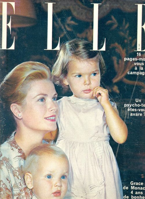 Princess Grace with Caroline and Albert. ELLE, N°747, 15 Avril 1960.