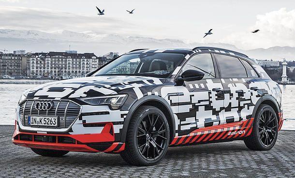 Audi E Tron 2018 Motor Ausstattung Audi Elektroauto Audi Suv