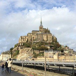 #memories #montsaintmichel Мон-Сен-Мишель - остров-город-крепость-аббатство. Одна из самых наиболее посещаемых достопримечательностей Франции por: katetkachuk
