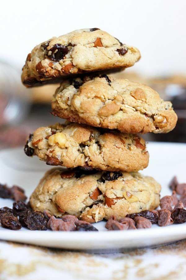 Cinnamon Oatmeal Raisin Cookies Recipe