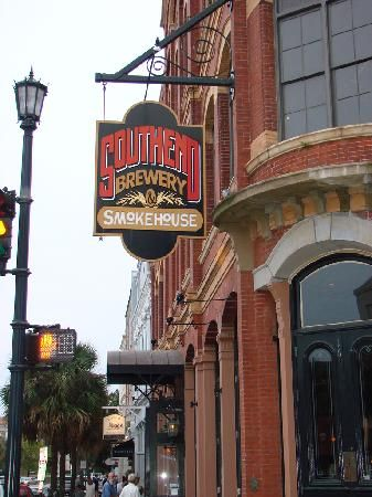Southend Brewery - Charleston SC . My first stop every time I go there! Pulled pork heaven!