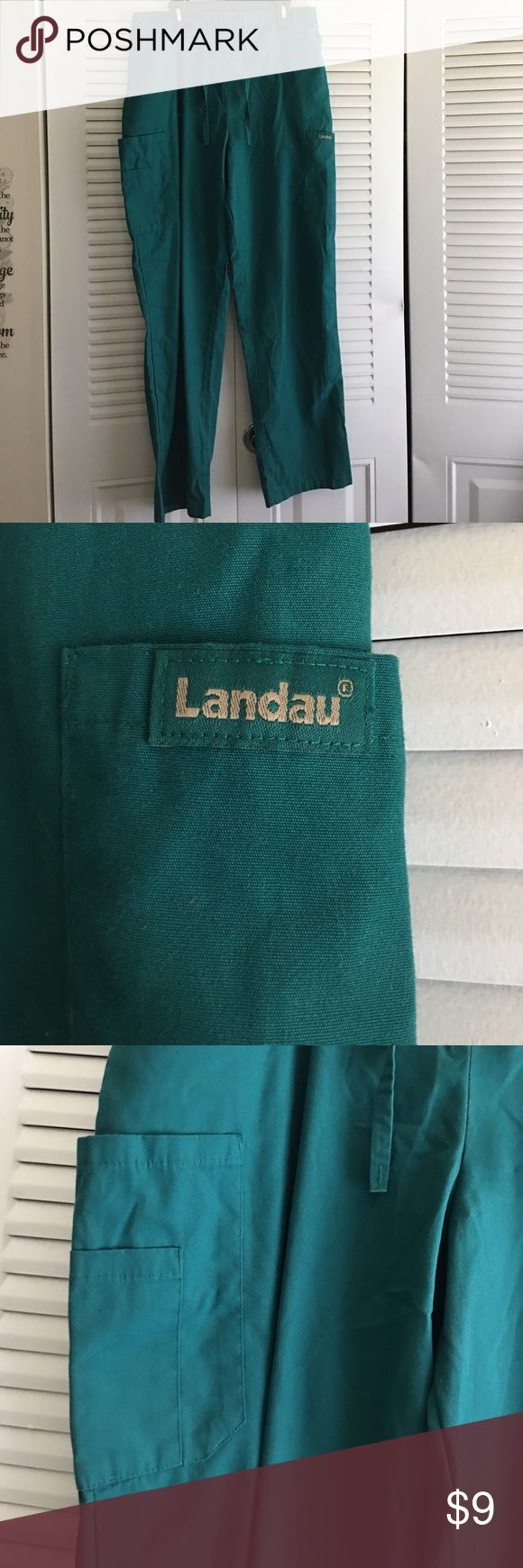 Scrub pants Landau Worn Landau scrub pants size medium cargo pockets draw string front Landau Pants