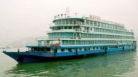 Start sailing in year 1993, this Yangtze Princess Cruise is a 4 star cruiser on Yangtze River, start from Chongqing to Yichang- 4day 3nights, Start from Yichang to Chongqing - 5days 4nights, covers almost all the famous sightseeing along Yangtze river, departure March to November!