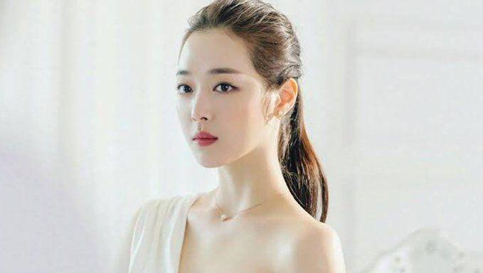 K Pop Celebrity Sulli Found Dead Reports Say Sulli Documentaries Korean Idol