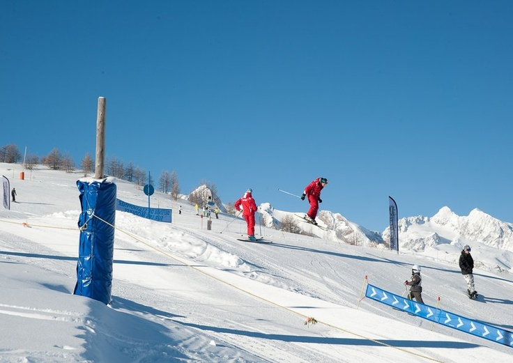 Ski deals long weekend