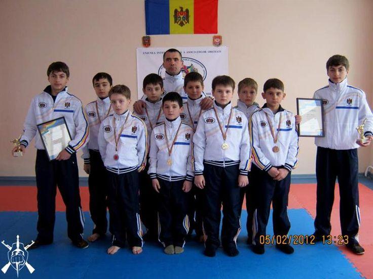 Спортивное костюмы в молдове