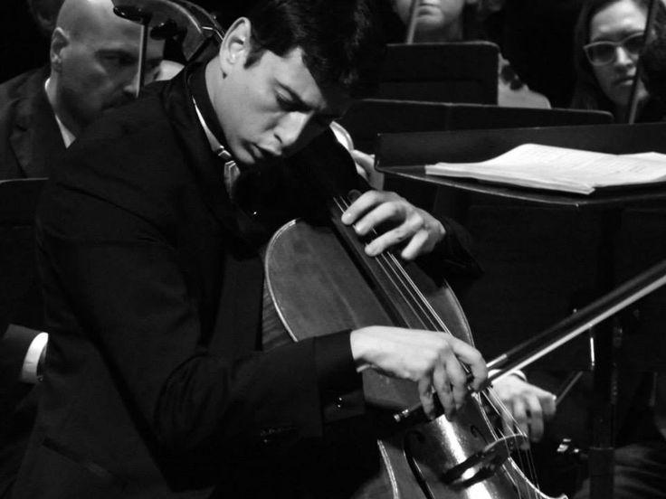 Orchestra della Toscana Daniele Rustioni, direzione Narek Hakhnazaryan, violoncello martedì 21 gennaio 2014  Foto di Giuseppe Flavio Pagano per Radioeco Radioeco Radioeco Unipi