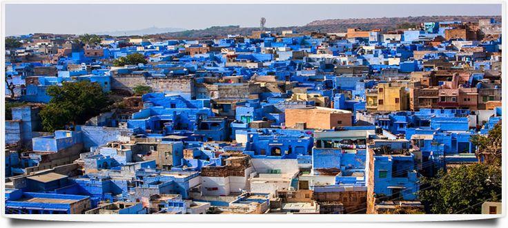 Jodhpur, surnommée la ville bleue, fait partie des sites incontournables du Rajasthan avec son charme rustique si particulier.