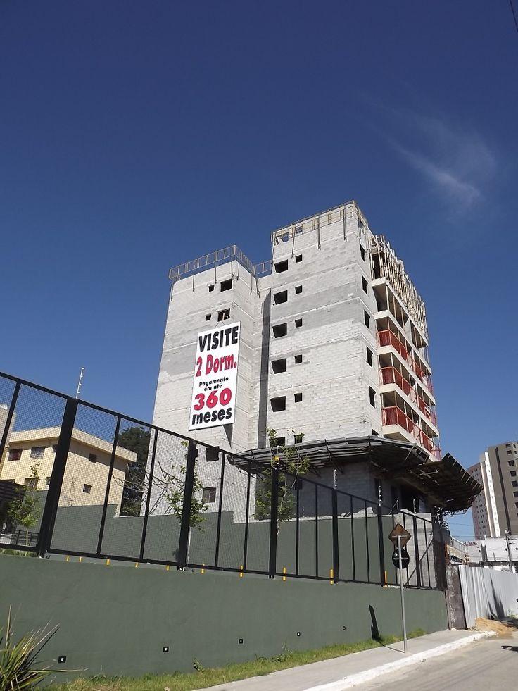 Grand Terrazzo-Apartamentos c/02 dorms.c/62m²,pronto para morar,próximo a Prefeitura,a 5 min.do centro.Mais informações via e-mail: lclcmoraes@gmail.comCavec-