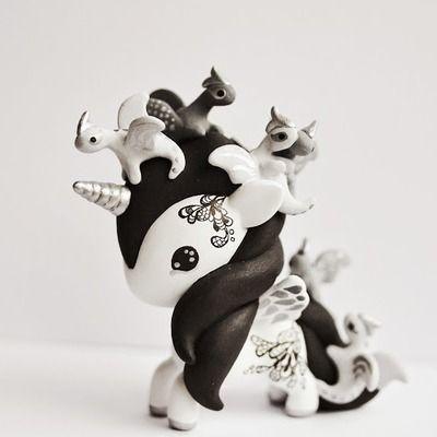 Tokidoki unicorno art toy - dragons