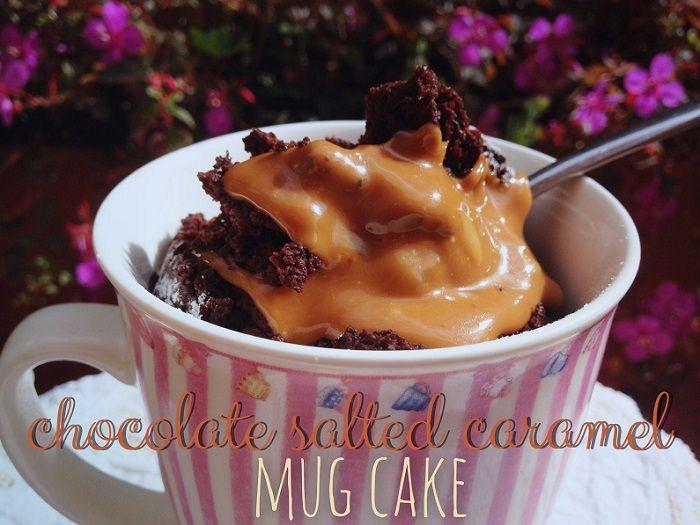 Chocolate salted caramel mug cake recipe courtesy of Maldeadora Blog.