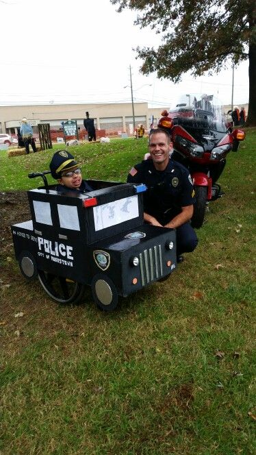 Wheelchair police car costume 2015 tony made out of cardboard boxes all of the lights light up as well