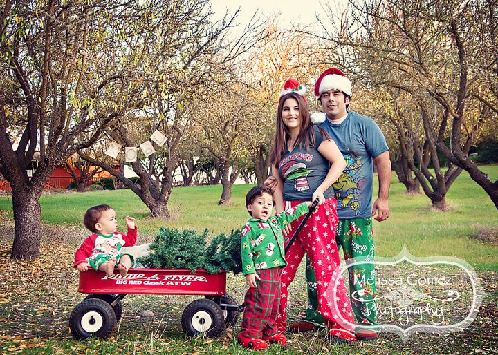 Melissa Gomez Photography Family Christmas Card Portrait