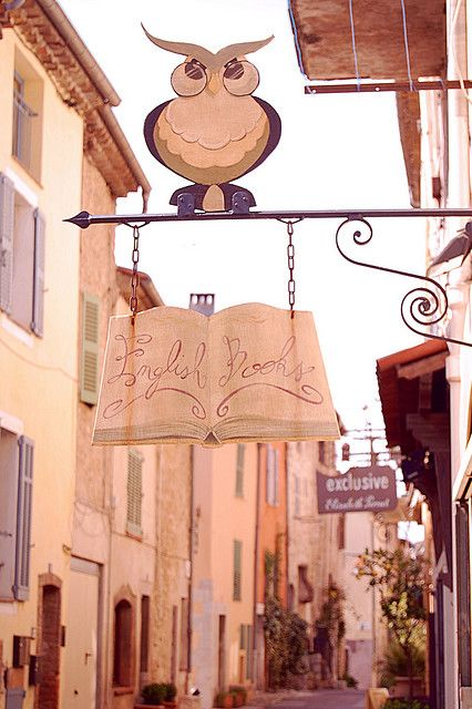 """""""English Books"""" English Bookshop in Provence  -  This little cozy bookshop in Valbonne is a major English reading center in the French Riviera. It offers lots of books, especially about those beautiful places, DVDs for rent & 2nd hand books..."""