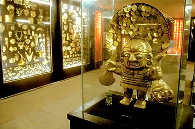 There are few places in the world where one can get a sense of what finding a long-lost buried treasure might be like, but Bogotá's Gold Museum will floor you with a sensation of indiana jones proportions. over 55,000 pieces of spit-shined gold and other materials from all the major pre-hispanic cultures in colombia are exhibited.'