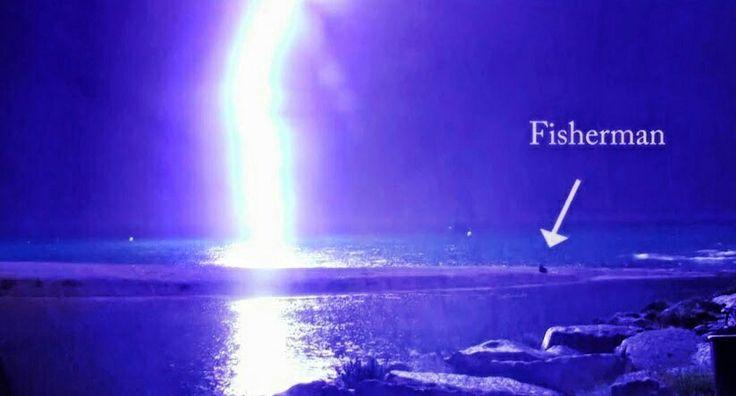 Lightning Strike Narrowly Misses Fisherman In Barcelona, Spain!