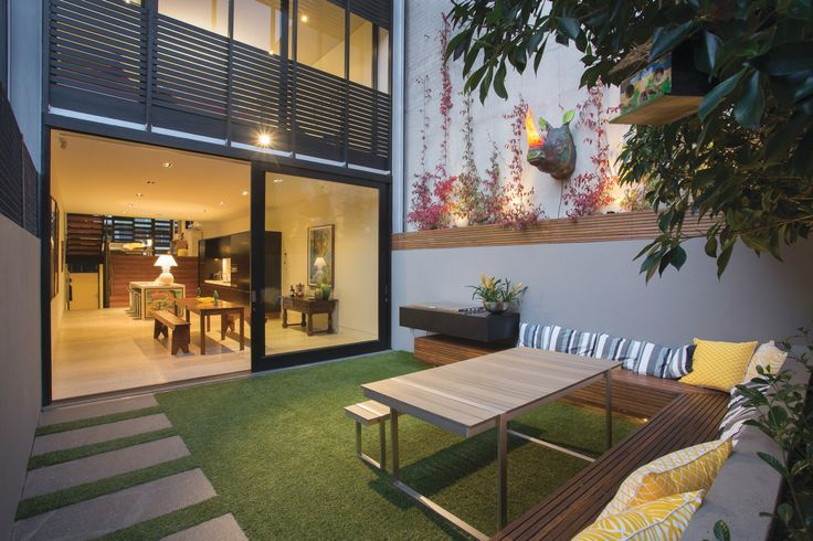 Sophisticated Style and Lifestyle   76A River Street South Yarra - Marshall White