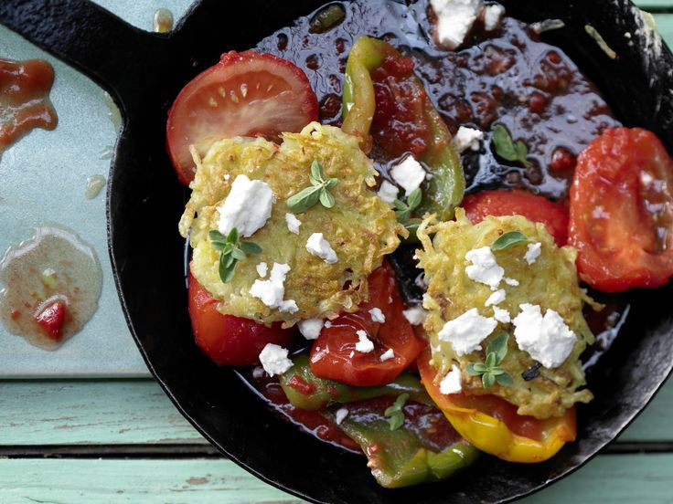 Kartoffel-Schafskäse-Puffer - mit geschmortem Paprikagemüse - smarter - Kalorien: 273 Kcal - Zeit: 1 Std.