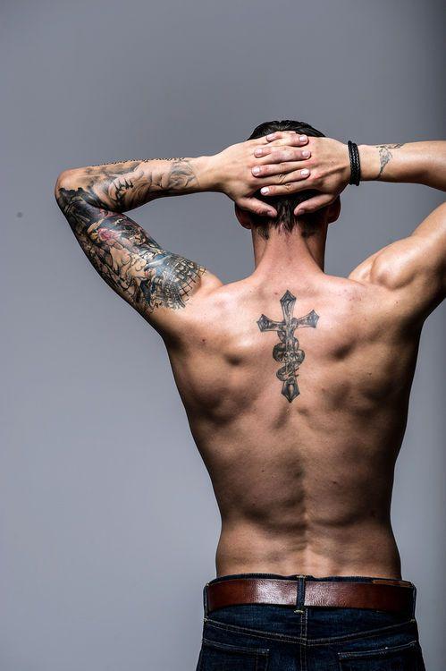 Roman Bürki (GC-Goalie) privat: Interview über Tattoos & Sexy – Schweizer Illustrierte
