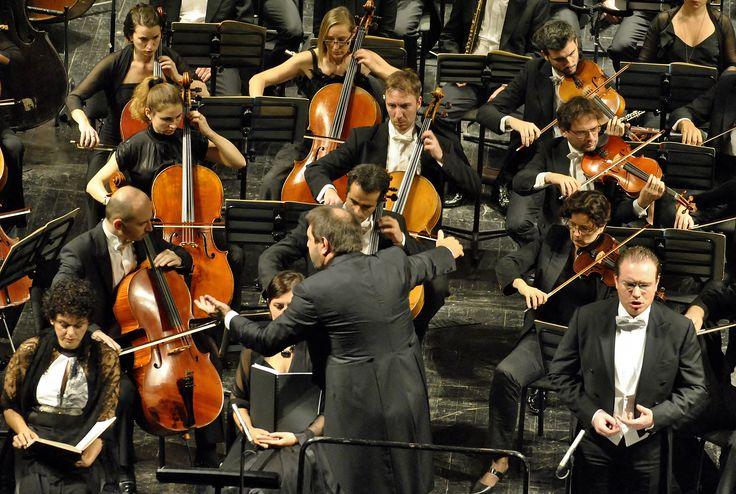 Daniele Gatti e l'Orchestre National de France (Ph. Annalisa Andolina)