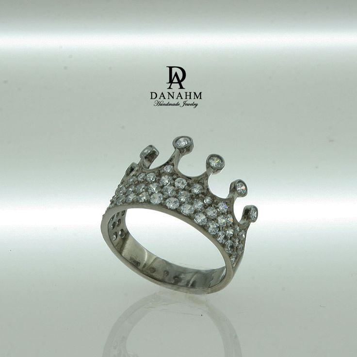 21 best Danahm1975 - Rings images on Pinterest | Queen ...