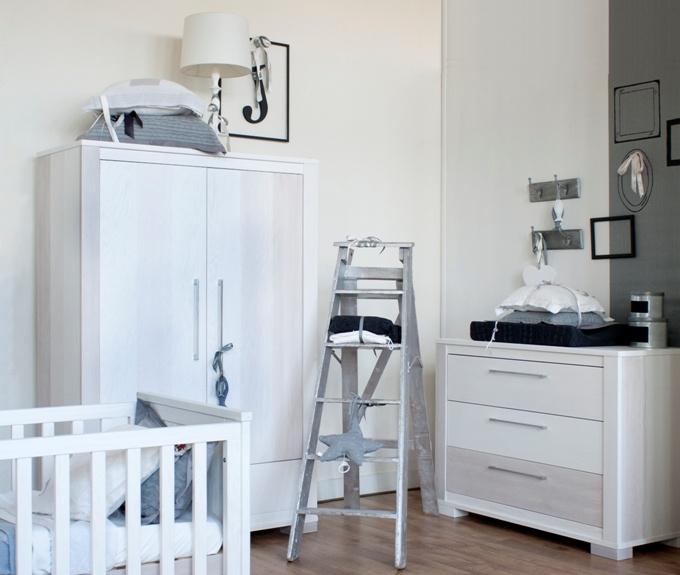25 beste idee n over kleine babykamers op pinterest - Babykamer kleine ruimte ...