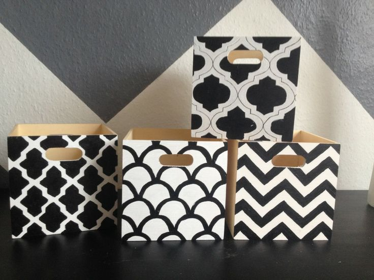 Personalized wooden boxes. DIY. Graphic patterns.