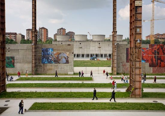 industrial urban park in Turin by LATZ + PARTNER, interesting proportion of people to surroundings.
