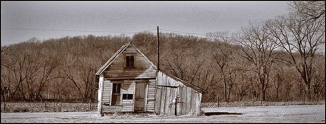 Bonnie & Clyde Hide Out in Missouri