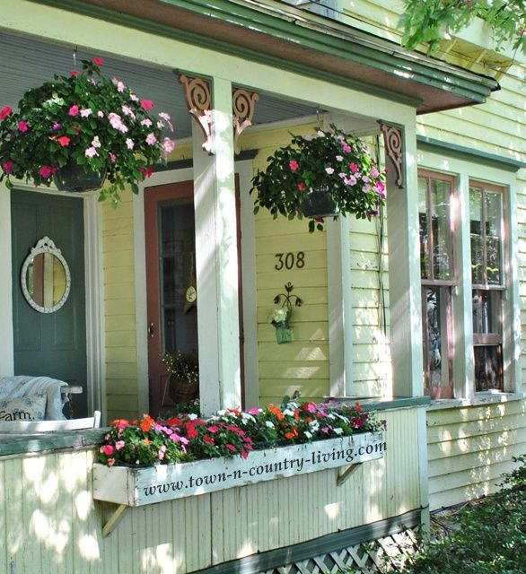 Summer Farmhouse Porch Decorating Ideas