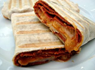 Easy Grilled Pizza Burrito ... fast lunch!