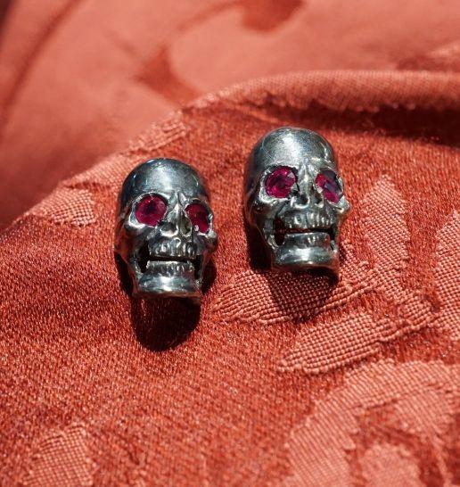 Skull ring silver 925, burnished.