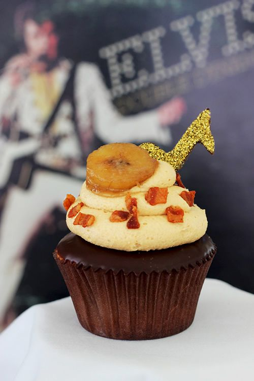 Elvis Cupcakes: Banana cake with chocolate ganache, peanut butter icing, bacon and caramelized bananas