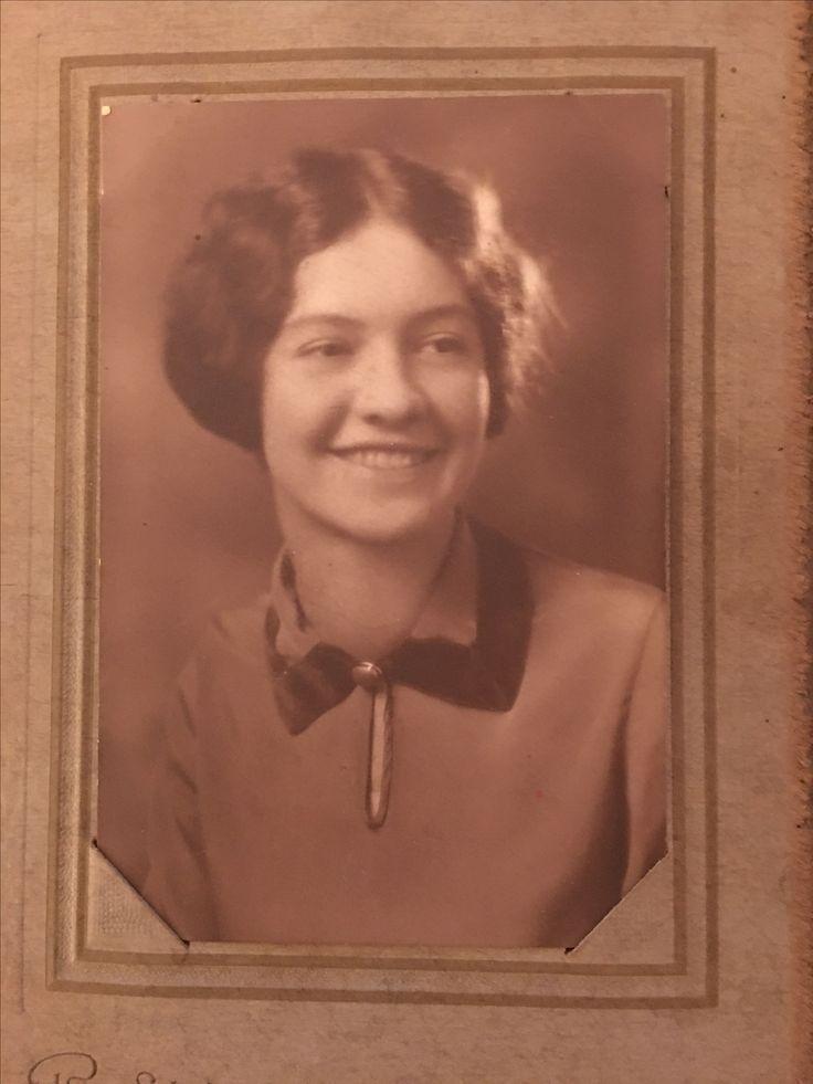Ruth Jones (3 September 1913 - 29 October 2004) Fairmont, West Virginia | 1931